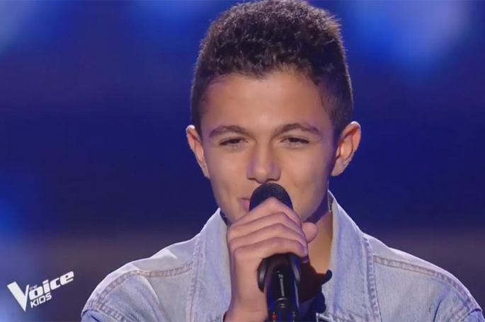 """Replay """"The Voice Kids"""" : Nassim chante « Je m'en vais » de Vianney (vidéo)"""