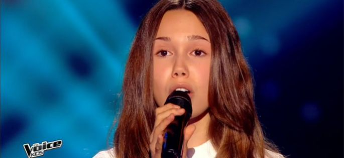 "Replay ""The Voice Kids"" : Laura chante « L'amour existe encore » de Céline Dion (vidéo)"