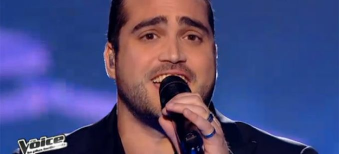 "Vidéo Replay ""The Voice"" : Thomas Vaccari interprète « I Believe I can fly » de R Kelly"