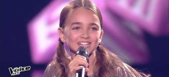 """Replay """"The Voice Kids"""" : Angelina chante « All in you » en finale (vidéo)"""
