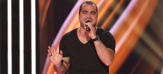 """The Voice"" : regardez Thomas Vaccari qui interprète ""Georgia on My Mind"" de Ray Charles"