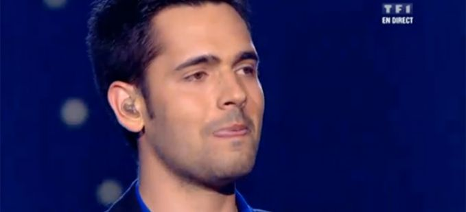 "Vidéo Replay ""The Voice"" : Yoann Fréget interprète « It's a man's World » de James Brown"