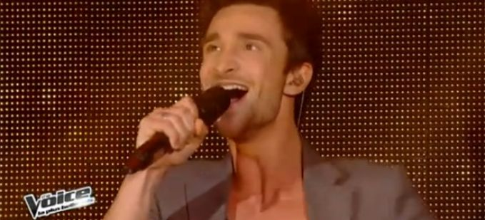 "Vidéo Replay ""The Voice"" : Benjamin Bocconi interprète « Somebody To Love » de Queen"