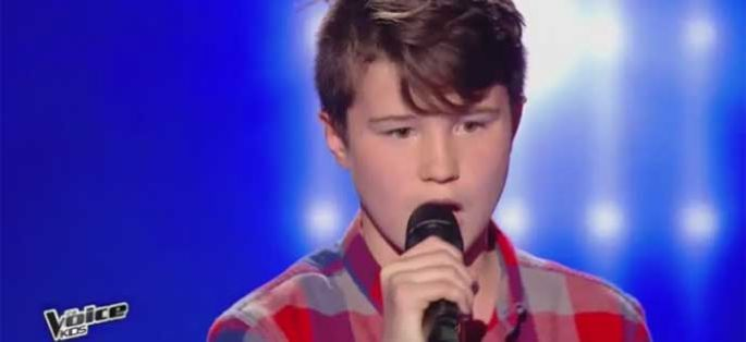 "Replay ""The Voice Kids"" : Axel chante « Radioactive » d'Imagine Dragons (vidéo)"