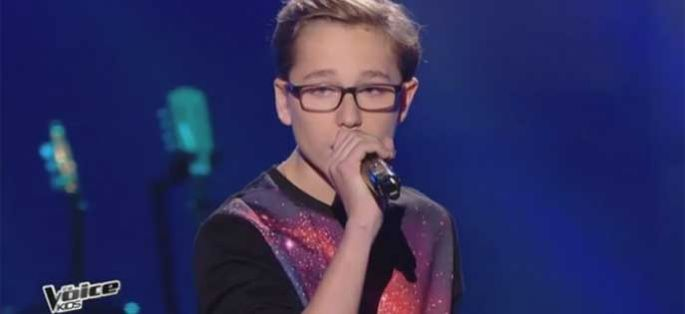 "Replay ""The Voice Kids"" : Théo chante « Alive » de Sia (vidéo)"