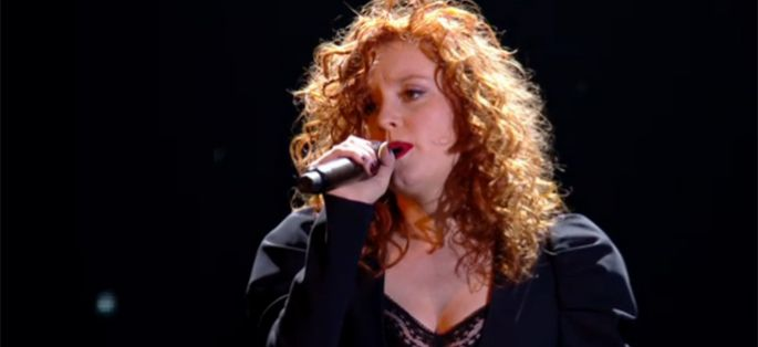 "Replay ""Nouvelle Star"" : Emji interprète « Show Must Go On » de Queen (vidéo)"