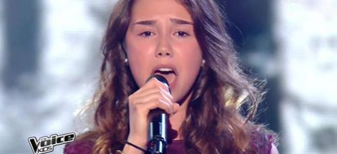 "Replay ""The Voice Kids"" : Laura chante « Homeless » de Marina Key (vidéo)"