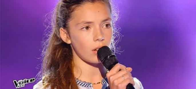 "Replay ""The Voice Kids"" : Jeanne chante « La vie en rose » de Edith Piaf (vidéo)"