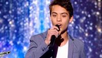 "Replay ""The Voice Kids"" : Achille chante « Shape of My Heart » de Sting en demi-finale (vidéo)"