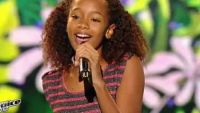 "Replay ""The Voice Kids"" : Tamillia chante « Are we awake » de Tal en finale (vidéo)"