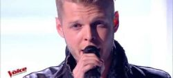 """Replay """"The Voice"""" : Matthieu chante « With Or Without You » de U2 (vidéo)"""