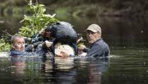 """""""À l'état sauvage"""" : Christophe Dechavanne dans les pas de Mike Horn lundi 12 juin sur M6"""