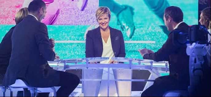 """Sommaire de """"Stade 2"""" qui reçoit Bernard Laporte dimanche 25 juin sur France 2"""