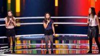 """Replay """"The Voice Kids"""" : battle Maé, Leena, Maha « Next to Me » de Emilie Sandé (vidéo)"""