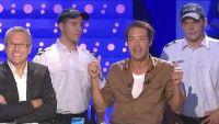 """""""On n'est pas couché"""" : Nicolas Bedos revient sur sa garde à vue avec humour sur France 2 (vidéo)"""