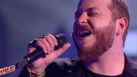 """Replay """"The Voice"""" : Nicola Cavallaro chante « Your Song » d'Elton John en finale (vidéo)"""