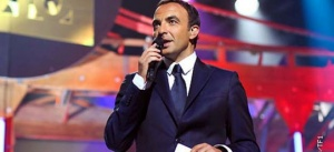 """""""La chanson de l'année"""" ce soir sur TF1 avec Nikos Aliagas : les 12 titres en compétition"""