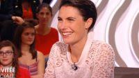 """Alessandra Sublet annonce qu""""elle reste sur France 5 dans """"Le Petit Journal"""" (vidéo)"""
