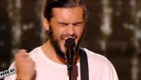 "Replay ""The Voice"" : Damien chante « Many River to Cross » de Jimmy Cliff (vidéo)"
