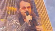"""Replay """"The Voice"""" : Guillaume chante « Let's Dance » de David Bowie (vidéo)"""