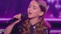 """Replay """"The Voice Kids"""" : Angelina chante « Tous les mêmes » de Stromae en finale (vidéo)"""