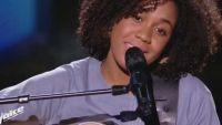 """Replay """"The Voice"""" : Yvette chante « Téléphone-moi » de Nicole Croisille (vidéo)"""