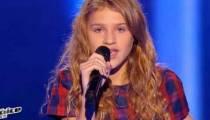 """Replay """"The Voice Kids"""" : Lou chante « Carmen » de Stromae (vidéo)"""