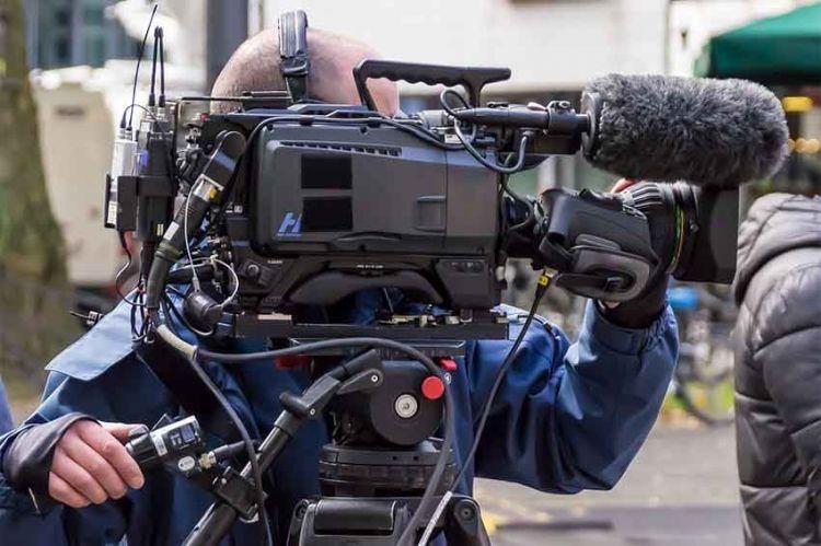 """""""L'homme que j'ai condamné"""" en tournage pour M6 avec Ophélia Kolb et Stanley Weber"""