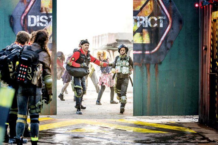 """""""District Z"""" vendredi 25 décembre sur TF1 : l'équipe reçue par Denis Brogniart & les 1ères images (vidéo)"""