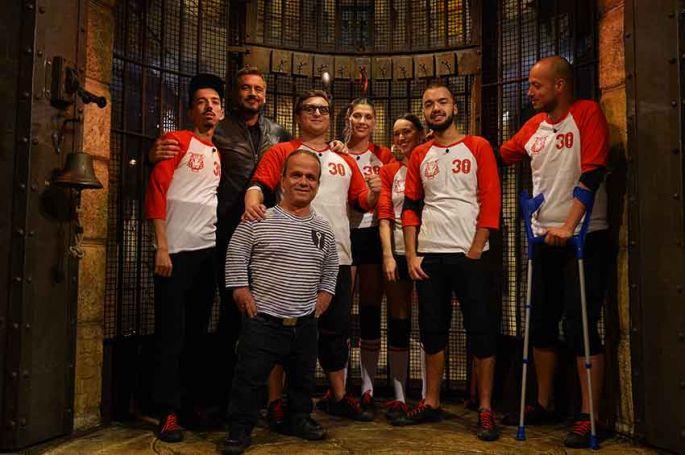 """""""Fort Boyard"""" : l'équipe Bigflo & Oli remporte 17 560€ pour le « Secours populaire français » sur France 2"""