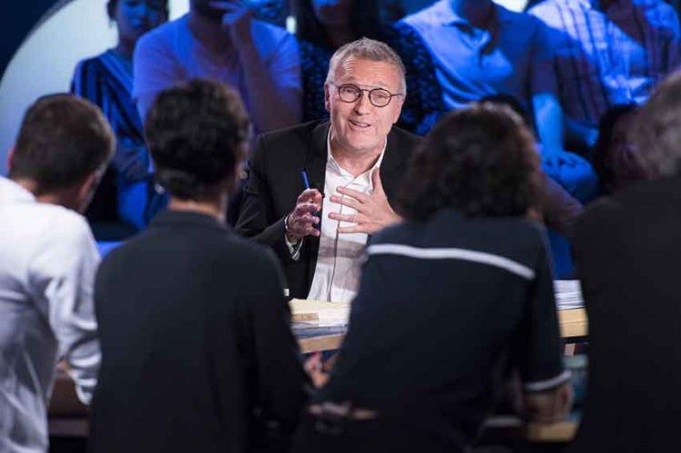 """Dernière de """"On n'est pas couché"""" samedi 4 juillet, France 2 remercie Laurent Ruquier et son équipe (vidéo)"""