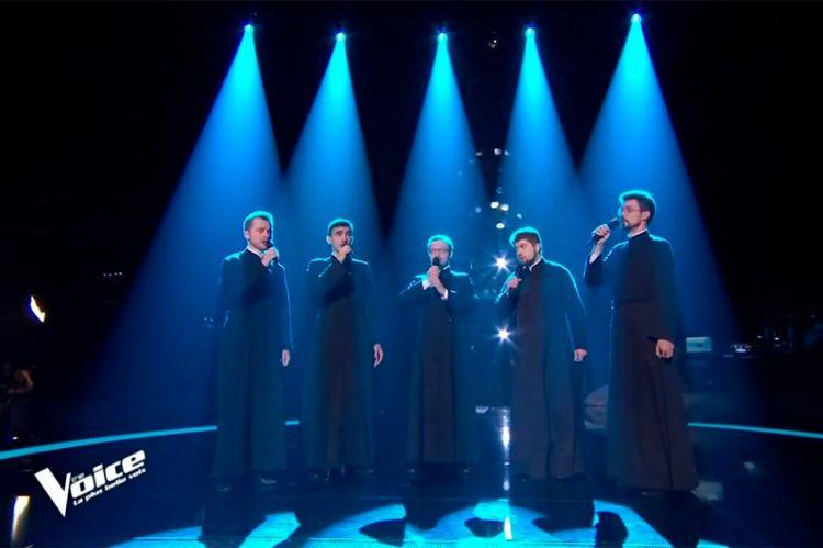 """""""The Voice"""" : 5 prêtres séminaristes sur scène, regardez leur audition (vidéo)"""