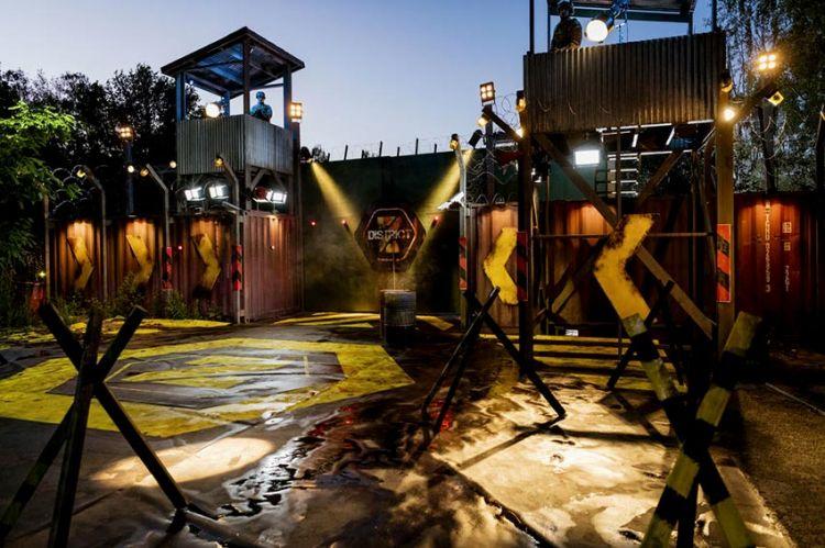 """""""District Z"""" arrive le 11 décembre sur TF1 avec Denis Brogniart, les 1ères images (vidéo)"""