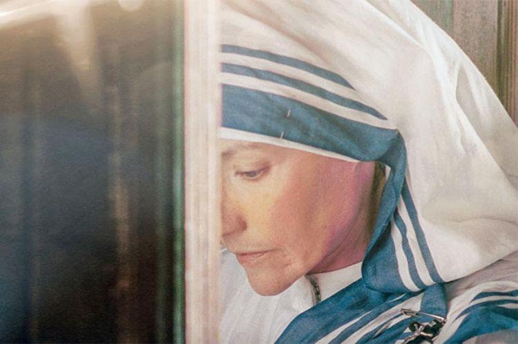 """""""Mère Teresa"""", le biopic de Fabrizio Costa, diffusé sur C8 dimanche 18 juillet (vidéo)"""