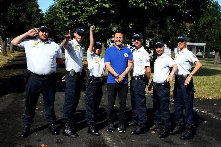 """""""Les touristes"""" mission école de Police, vendredi sur TF1 : les 1ères images (vidéo)"""
