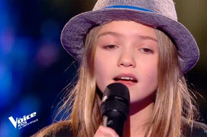 """Replay """"The Voice Kids"""" : Zoé chante « Je sais pas » de Céline Dion (vidéo)"""