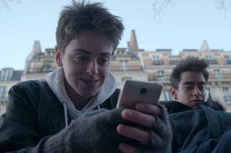 """""""Les documents de l'info"""" sur les accros aux écrans, jeudi 22 août sur France 2"""