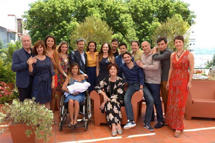 """Clap de fin : TF1 arrête """"Une famille formidable"""", les Beaumont vont prendre leur retraite"""