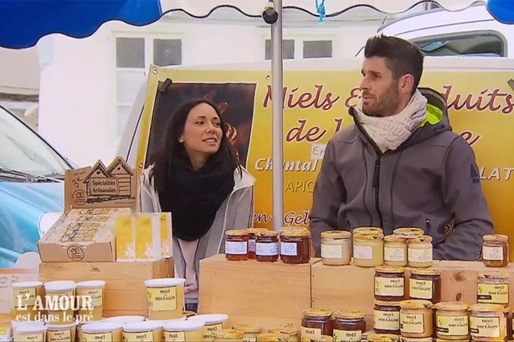 """Extrait - """"L'amour est dans le pré"""" : Clémentine ou Lucie ? Emeric a fait son choix... (vidéo)"""