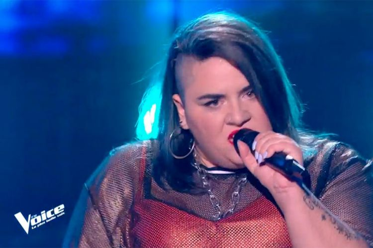 """Replay """"The Voice"""" : Melba chante « Toxic » de Britney Spears (vidéo)"""
