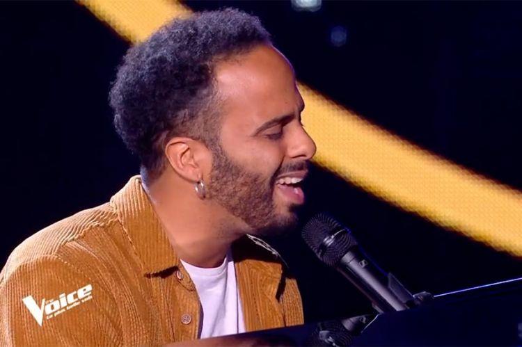 """Replay """"The Voice"""" : Ryadh chante « Le blues du businessman » de Daniel Balavoine (vidéo)"""
