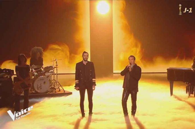 """Replay """"The Voice"""" : Clément & Florent Pagny chantent « Les murs porteurs » en finale (vidéo)"""