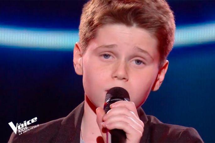 """Replay """"The Voice Kids"""" : Timéo chante « Toutes les machines ont un coeur » de Maëlle (vidéo)"""