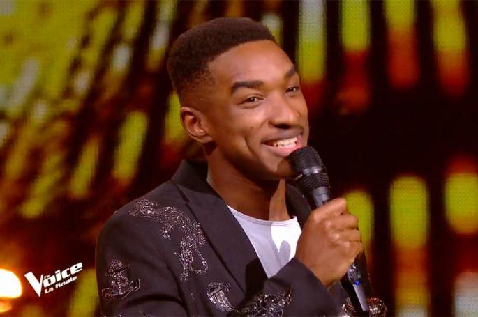 """""""The Voice"""" : Abi est le gagnant de la saison 9 ! Ses premiers mots, toutes ses prestations (vidéo)"""