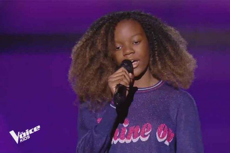"Replay ""The Voice Kids"" : Lisa chante « Reine » de Dadju (vidéo)"