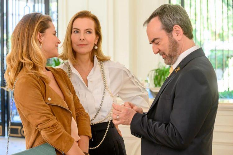 """La série """"Grand Hôtel"""" arrive sur TF1 le 3 septembre avec Carole Bouquet"""