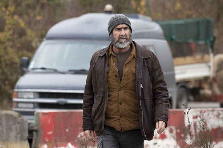 """""""Le voyageur"""" : Eric Cantona reprend la route avec Rachida Brakni et Lio pour France 3"""