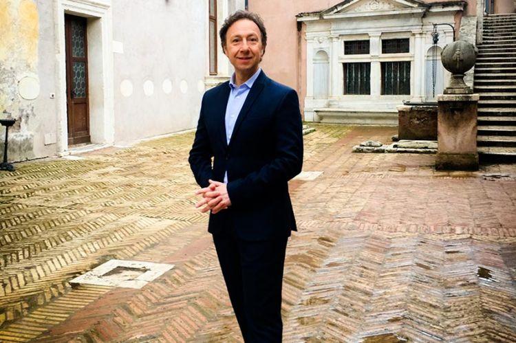 """""""Secrets d'histoire"""" : Stéphane Bern raconte le destin de Lucrèce Borgia, lundi 30 mars sur France 3 (vidéo)"""