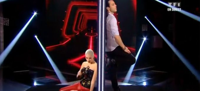 "Vidéo Replay ""The Voice"" : Dièse & Nuno Resende interprètent « A ma place » d'Axel Bauer"