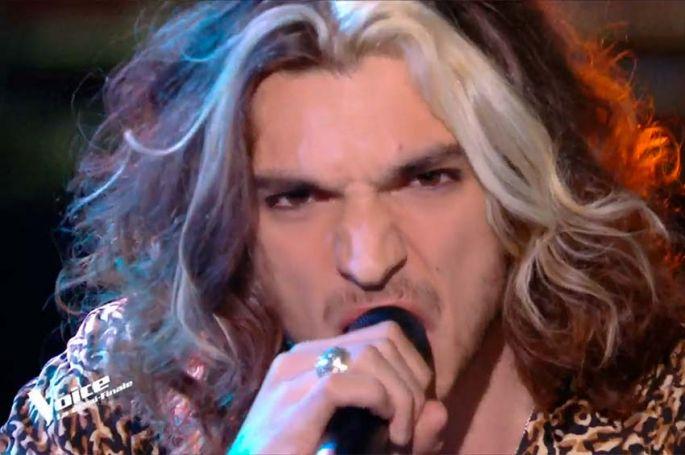 """Replay """"The Voice"""" : Antoine chante « Happier than ever » de Billie Eilish (vidéo)"""